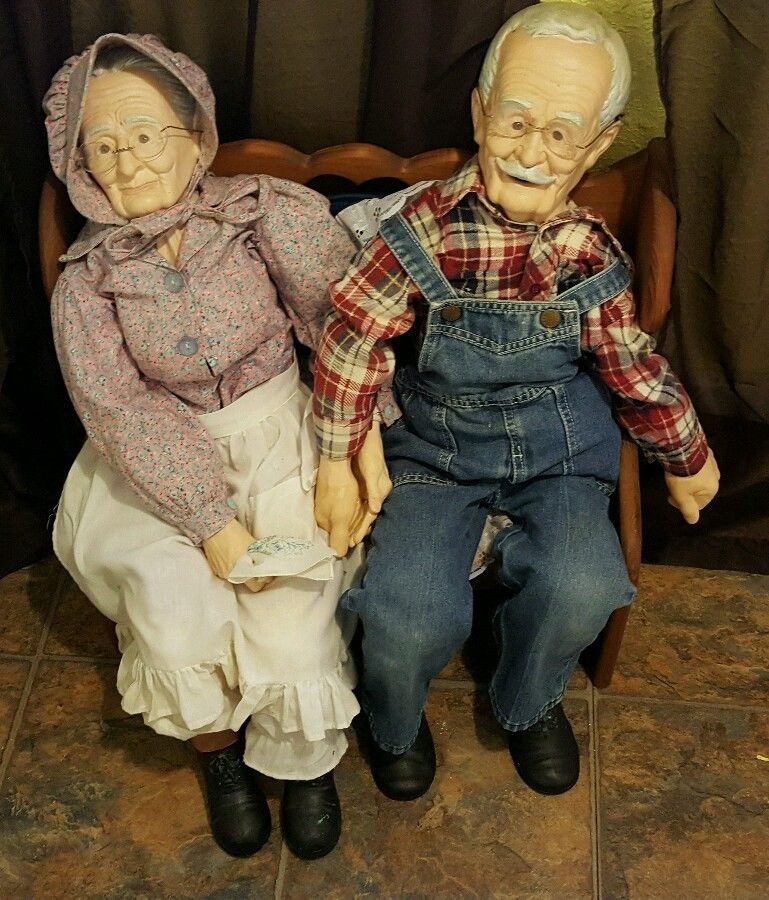 William L Wallace Jr Old Man and Old Woman Finished