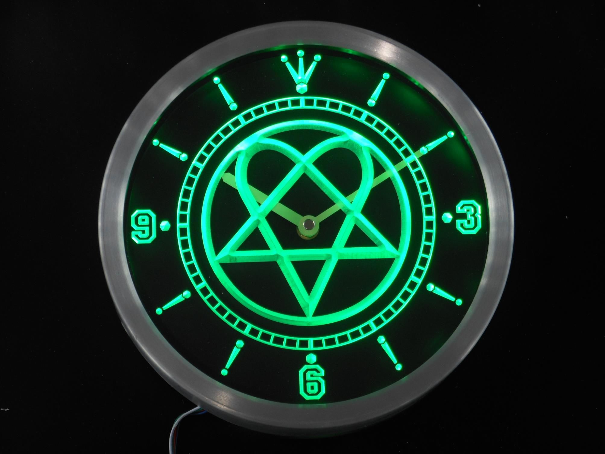 Green Heartagram