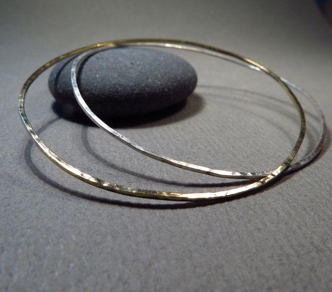 Goldarmbänder - ZARTES BAND Armreif 750 Gelbgold - ein Designerstück von FREUware bei DaWanda
