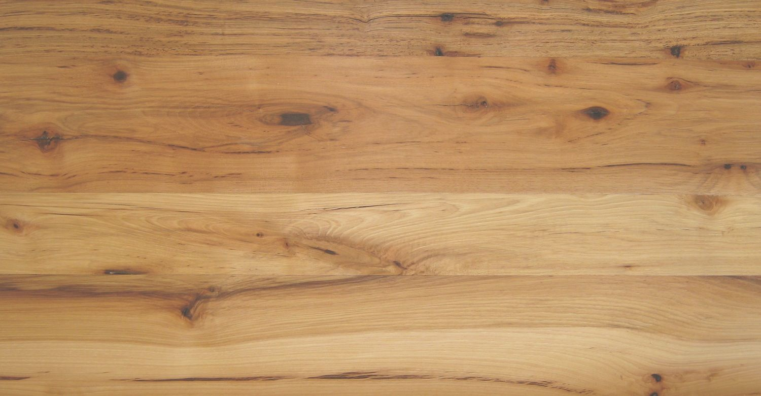 Idea for manufactured wood floor color in living room for Manufactured hardwood flooring