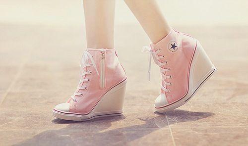 9fa25b8212cf High heeled Converse ... Why do i want these so bad
