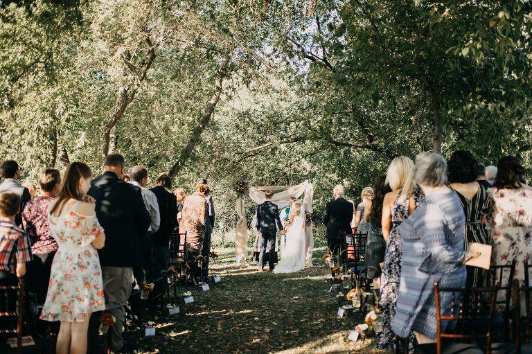 Outdoor Wedding Ceremony At Mn Wedding Venue Green Acres Event