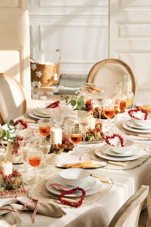 Natural con toques rojos mesas de navidad pinterest - Adornos navidenos para mesas ...