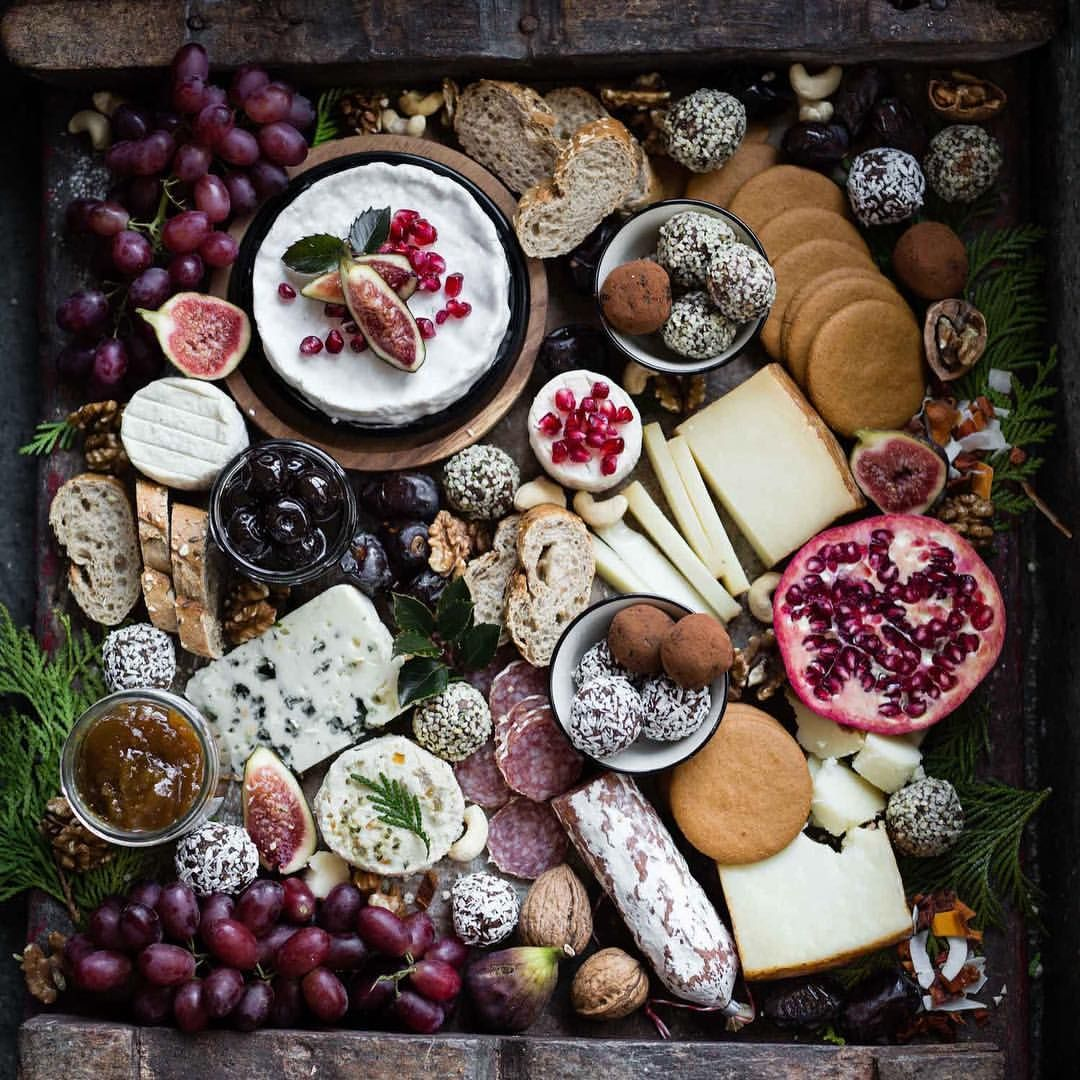 Christmas Foods Holidays Meat Platter Confort Food Decorations Stress Free Cheese Platters Wine Camping