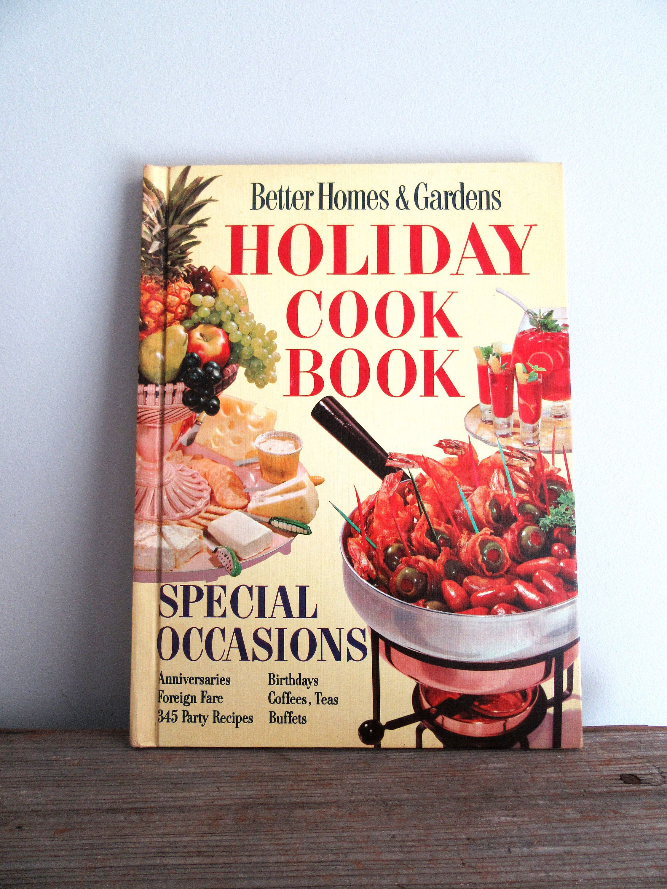 cf9a826a5ee41b399a455380491581e1 - Better Homes And Gardens Holiday Cookbook
