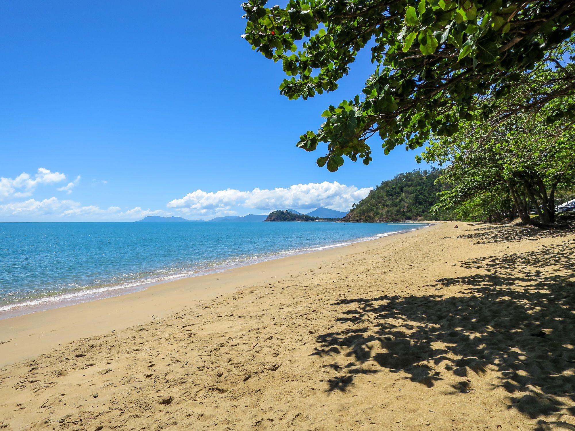 Perfect beach day | Beach, Travel photography, Beach day
