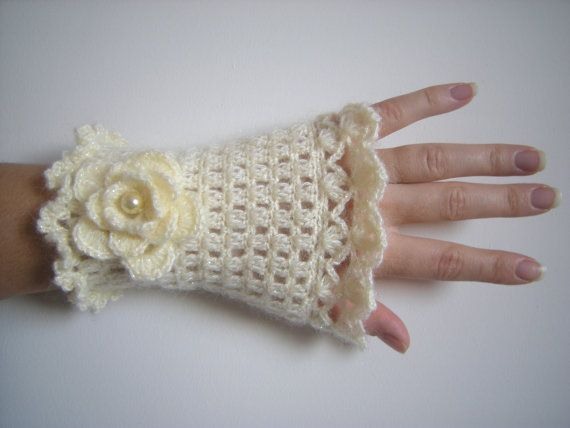 Cream Lurex Crochet Knit Work Gloves by vintageniltb on Etsy, $20.00