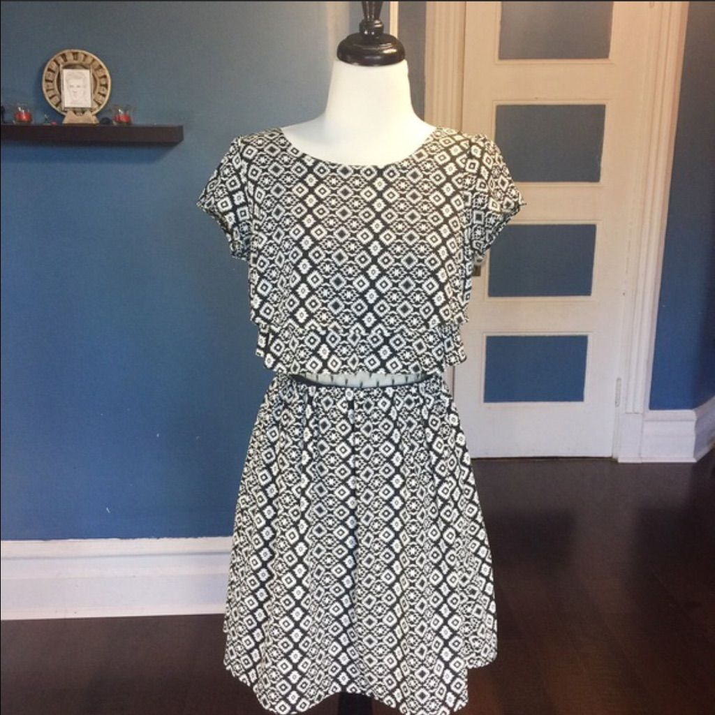 Emerald sundae black u white print dress products