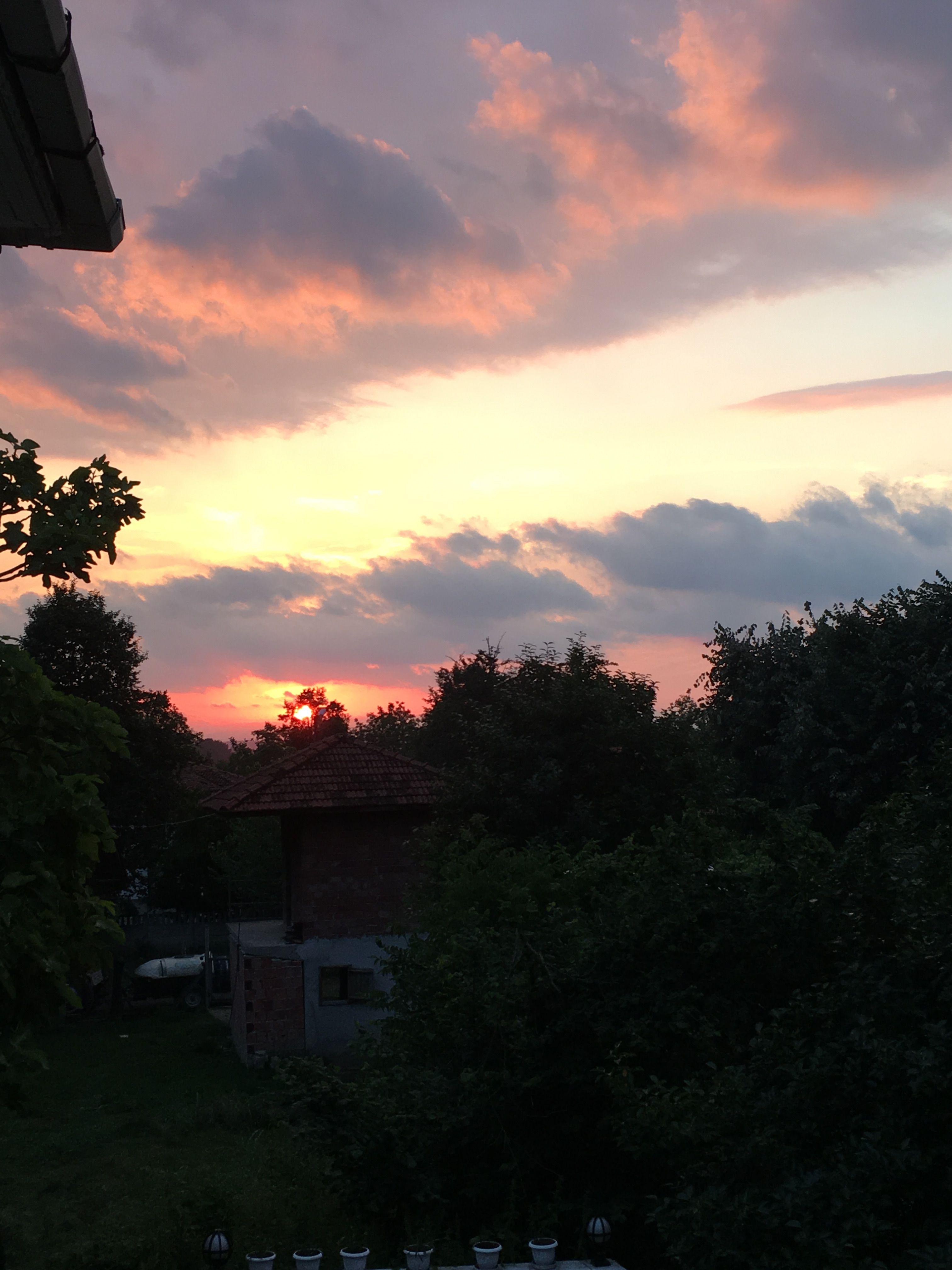 Sunset Trees Sun View Sky Clouds Nofilter Zbk Photo
