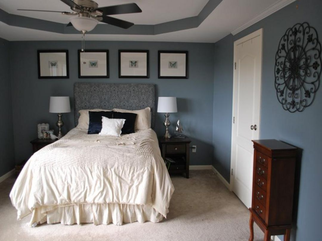 25 Relaxing Master Bedrooms With Lovely Wall Paint Color Decor Ideas With Images Soothing Bedroom Relaxing Bedroom Relaxing Master Bedroom