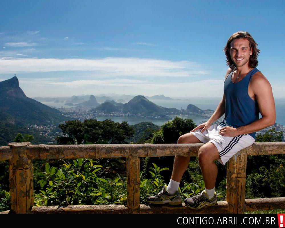 Igor Rickli posa na Vista Chinesa, no Alto da Boa Vista, no Rio de Janeiro