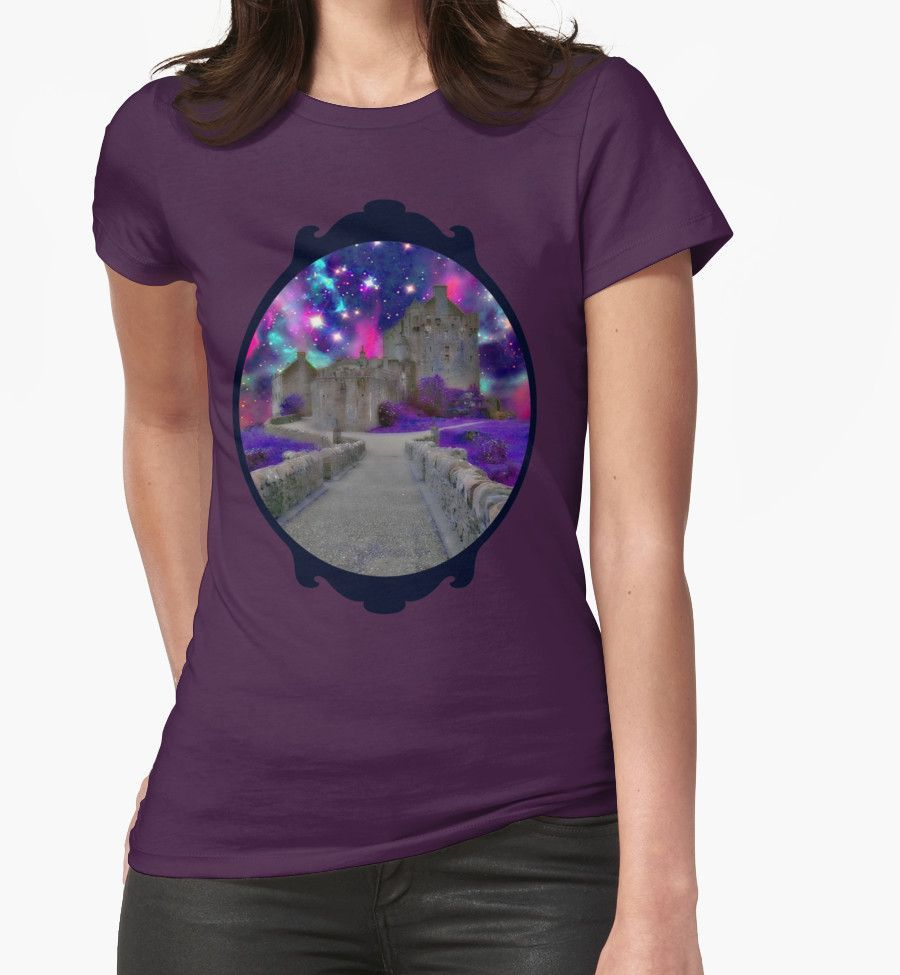 """Space Castle"" T-Shirt von augustinet   - Women's Fitness Clothes - #augustinet #Castlequot #Clothes..."