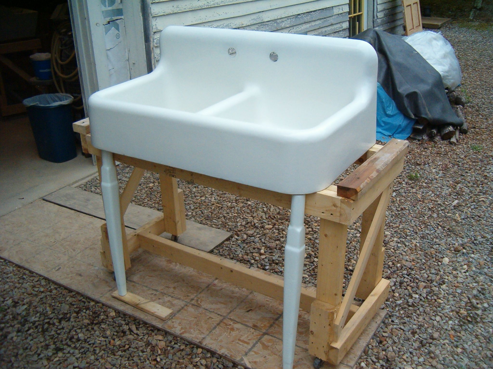 sinks cast iron kitchen sinks