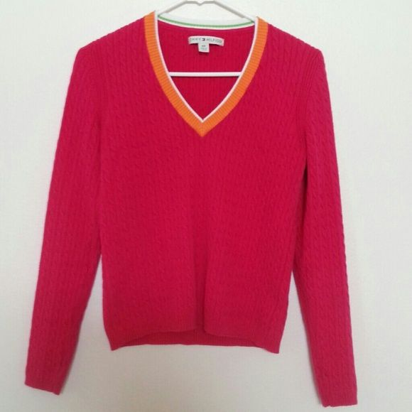 Pink sweater Used once. Good condition Size small Tommy Hilfiger Tommy Hilfiger Sweaters