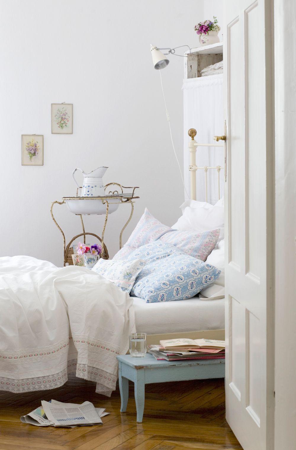 Aus Liebe zur Nostalgie Weiße wand schlafzimmer