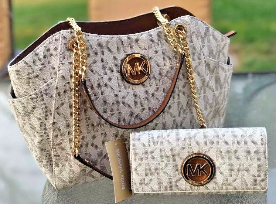 931524efa846 Michael Kors PVC Vanilla Jet Set Travel Chain Shoulder Tote MK Bag + Wallet   MichaelKors  ShoulderBag