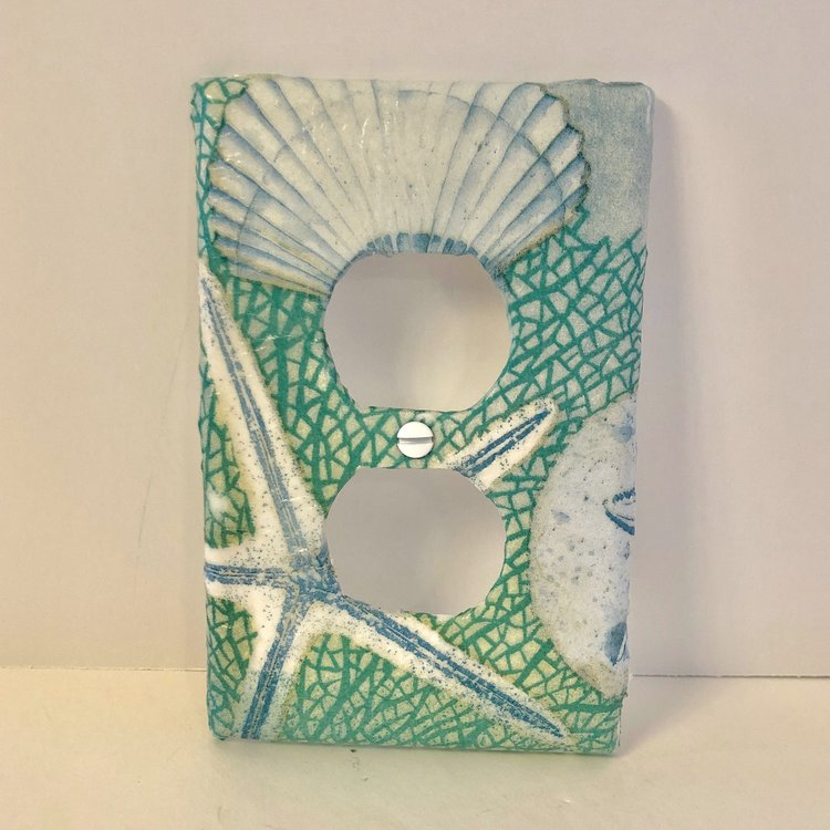 Decorative Wall Plates Outlet Covers Othertreasures Gone Coastal Handmade Unique Electrical Outlet Beach Inspired Decor Beach Bathroom Decor Plates On Wall