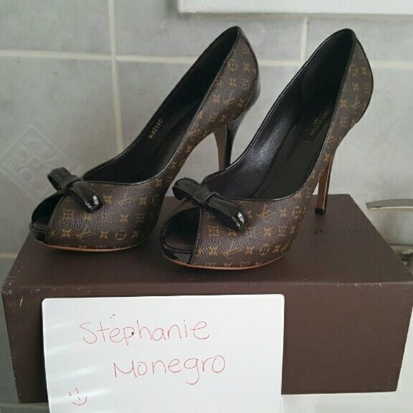 fb86d8707e4 Selling this Louis vuitton monogram malibu peep toe pumps in my Poshmark  closet! My username is  steph2053.  shopmycloset  poshmark  fashion   shopping ...