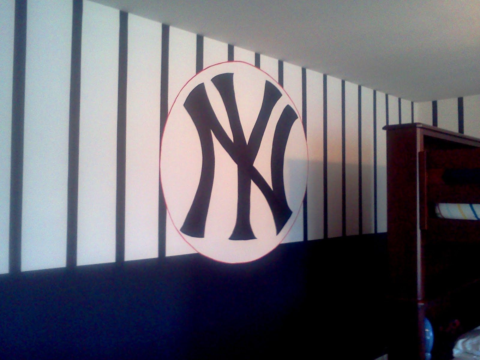 2 Women And A Paintbrush Yankee Room Ny Yankees Room Baseball Themed Bedroom
