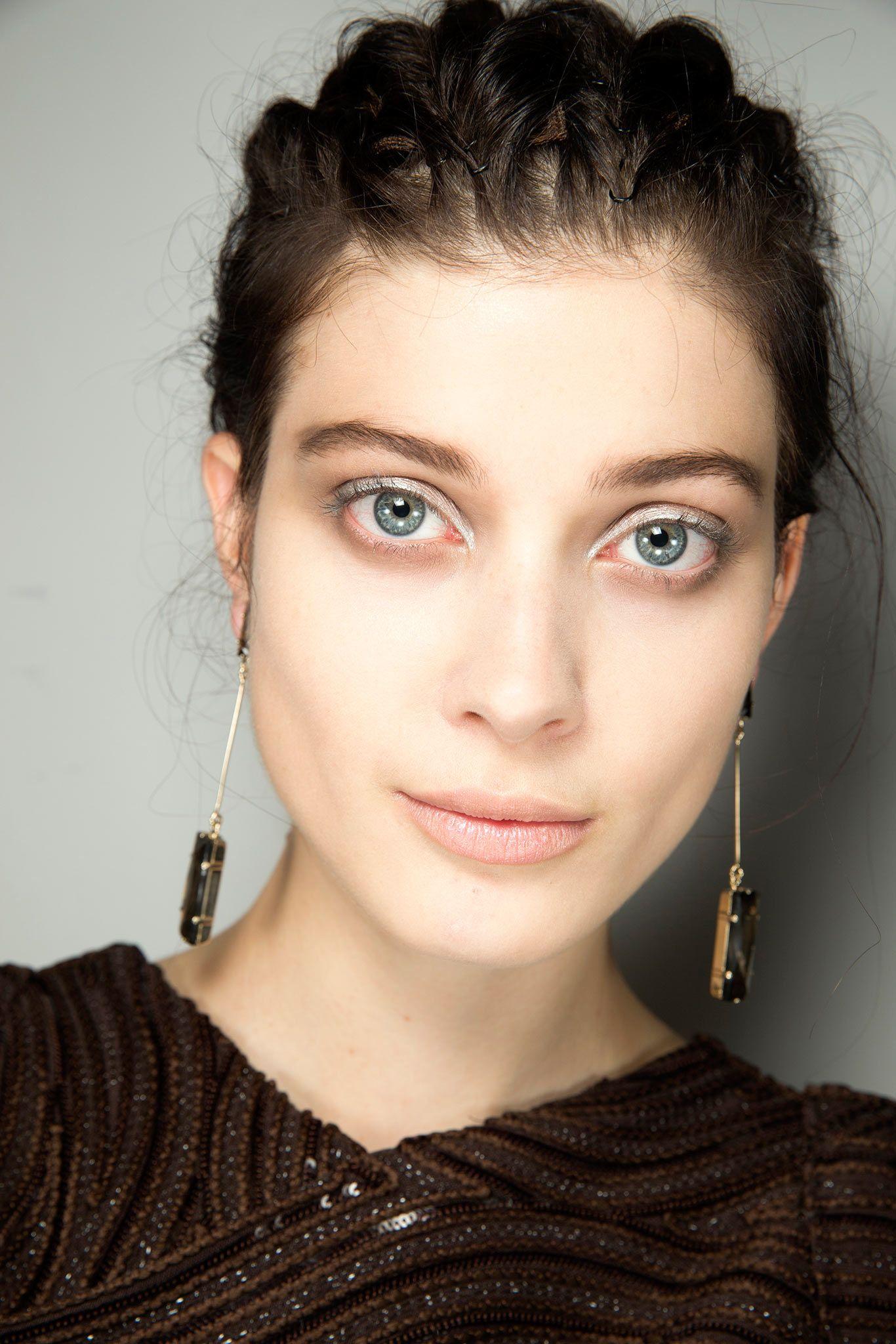 Armani Spring 2015 ReadytoWear Beauty