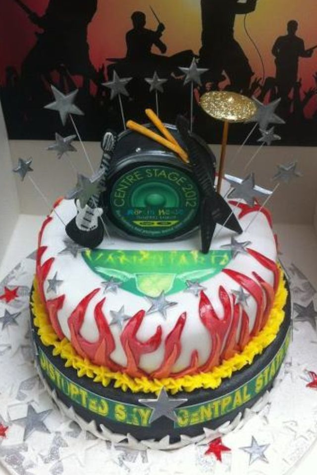 Band guitar drum cake