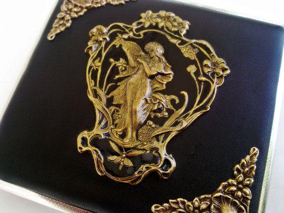 Gothic Cigarette Case Black Cigarette Holder by ApplebiteJewelry ... 75e16429a22