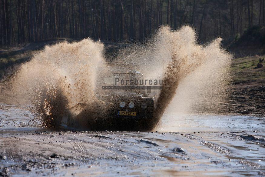 Furstenau 2012 met Adventure King, Land Rover Enschede en de ABN AMRO bank.