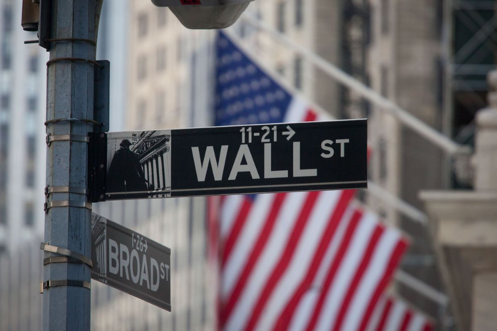 Volcker Rule Trading Revamp Approved in Win for Wall ...