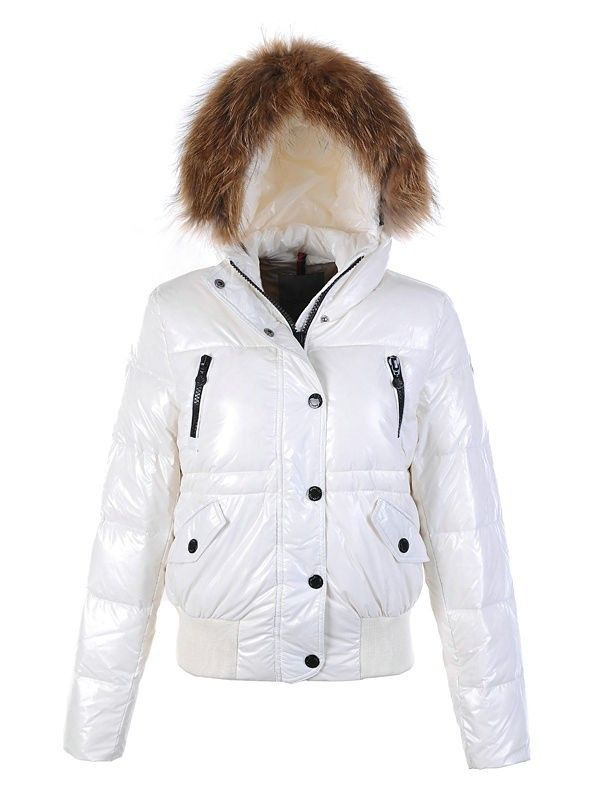 http://www.warmmoncler2u.com/moncler-women-s-down-jackets-zip-hooded-in-white.html