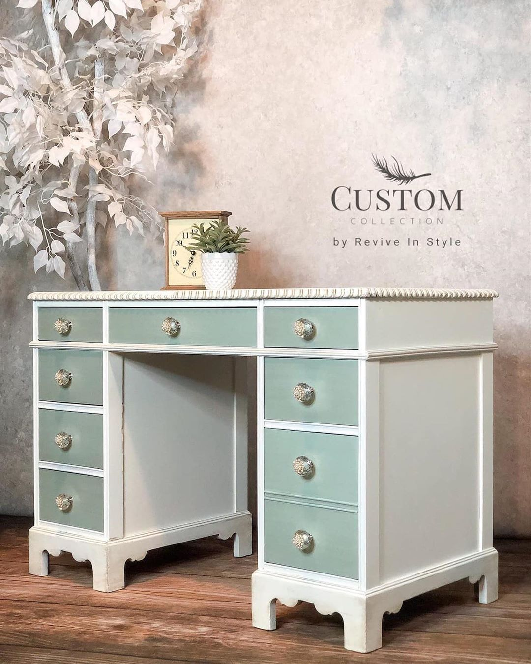 "alicia 👩‍🎨 on Instagram: ""SERENE DESK  Custom Collection #furniturerestoration #desk #paintedfurniture #vintagestyle #furniturerefinishing #reviveinstyle"""