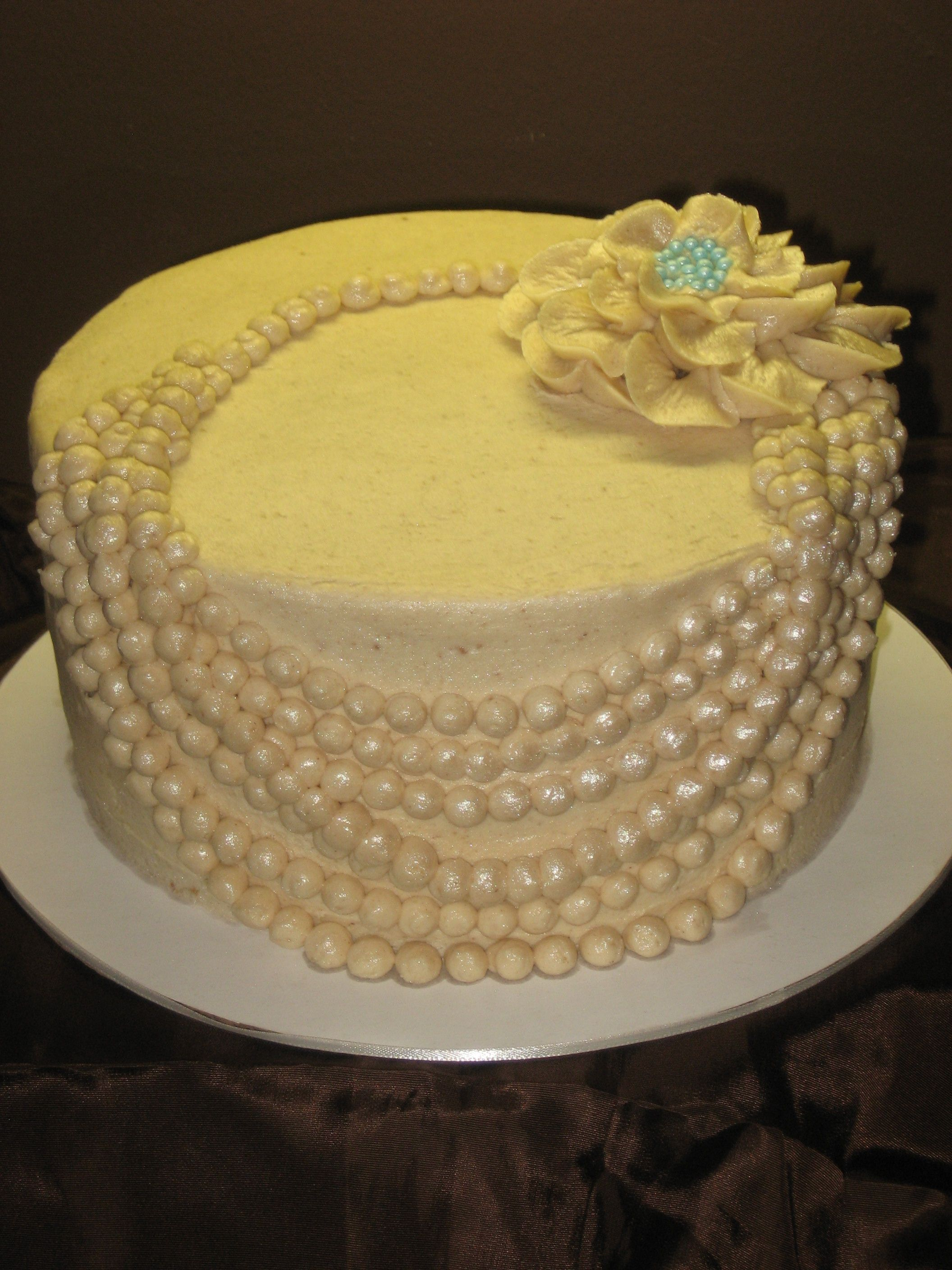 pearl necklace cake - this cake was inspired by a wedding cake I saw ...