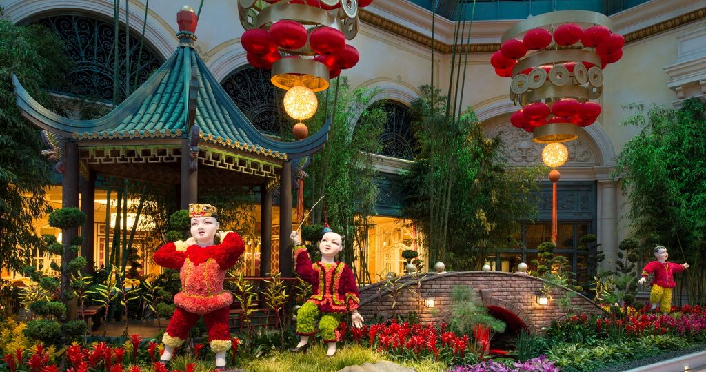 Chinese New Year Inside the Bellagio Conservatory (With