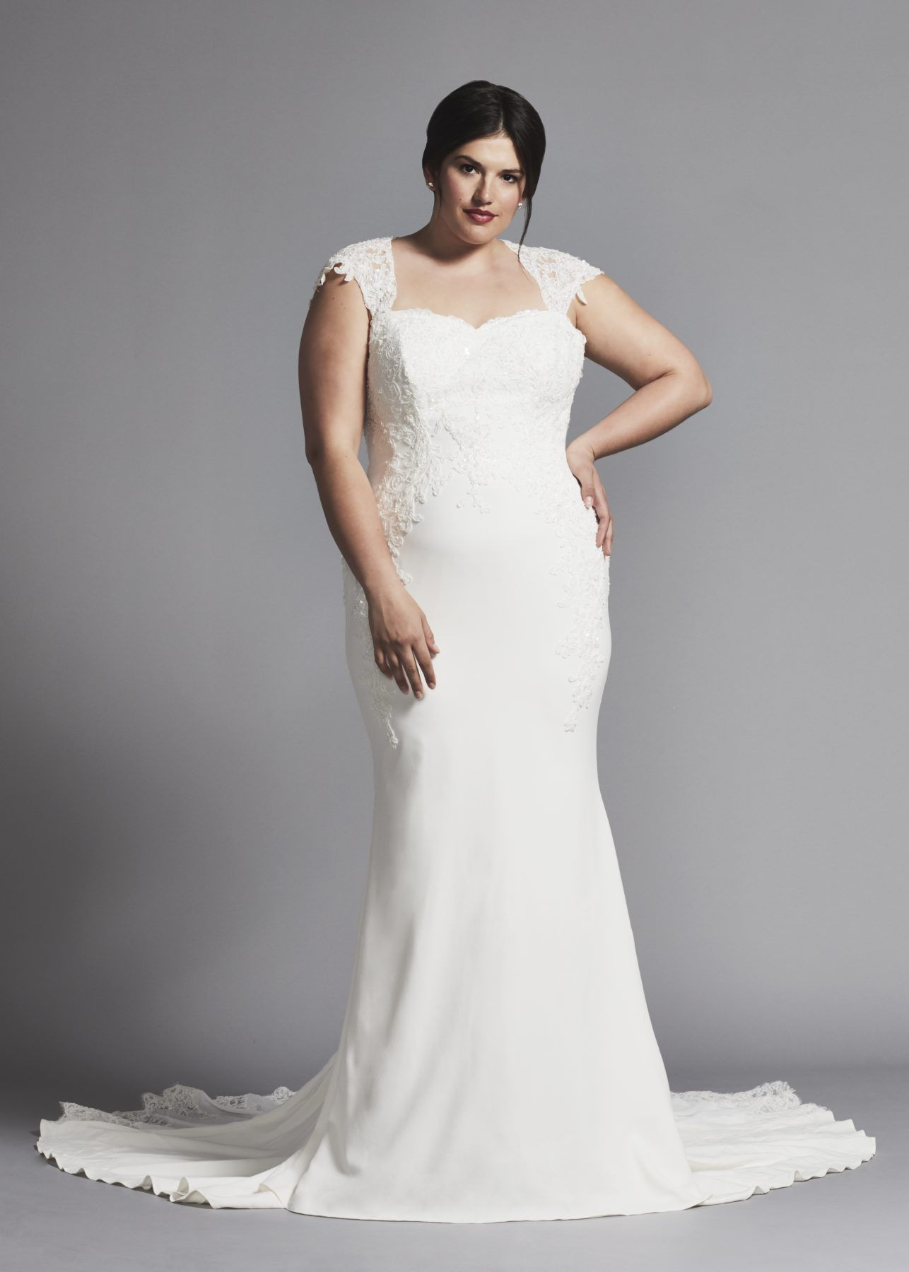 Cap Sleeve Sweetheart Neckline Crepe Sheath Wedding Dress With Beaded Lace Appliques At Neckline Wedding Dresses Plus Wedding Dresses Plus Size Bridal Dresses