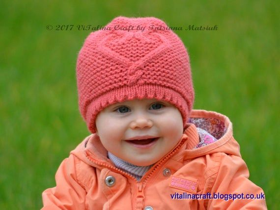 Knitting Pattern - Hearts Queen Hat (All sizes) #queenshats