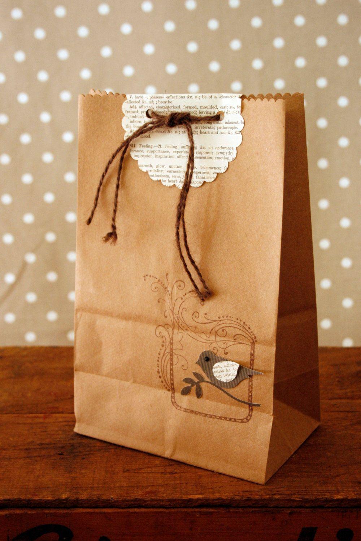 Vintage bird gift bag 500 via etsy do it yourself diy vintage bird gift bag 500 via etsy solutioingenieria Gallery