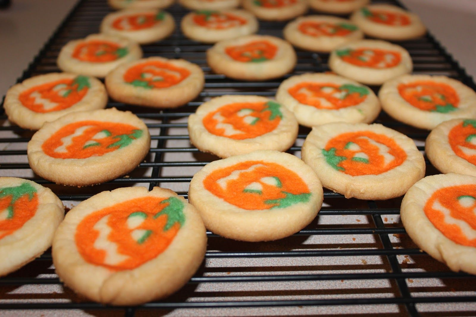 https happyholidaysblog com christmas sugar cookies pillsbury