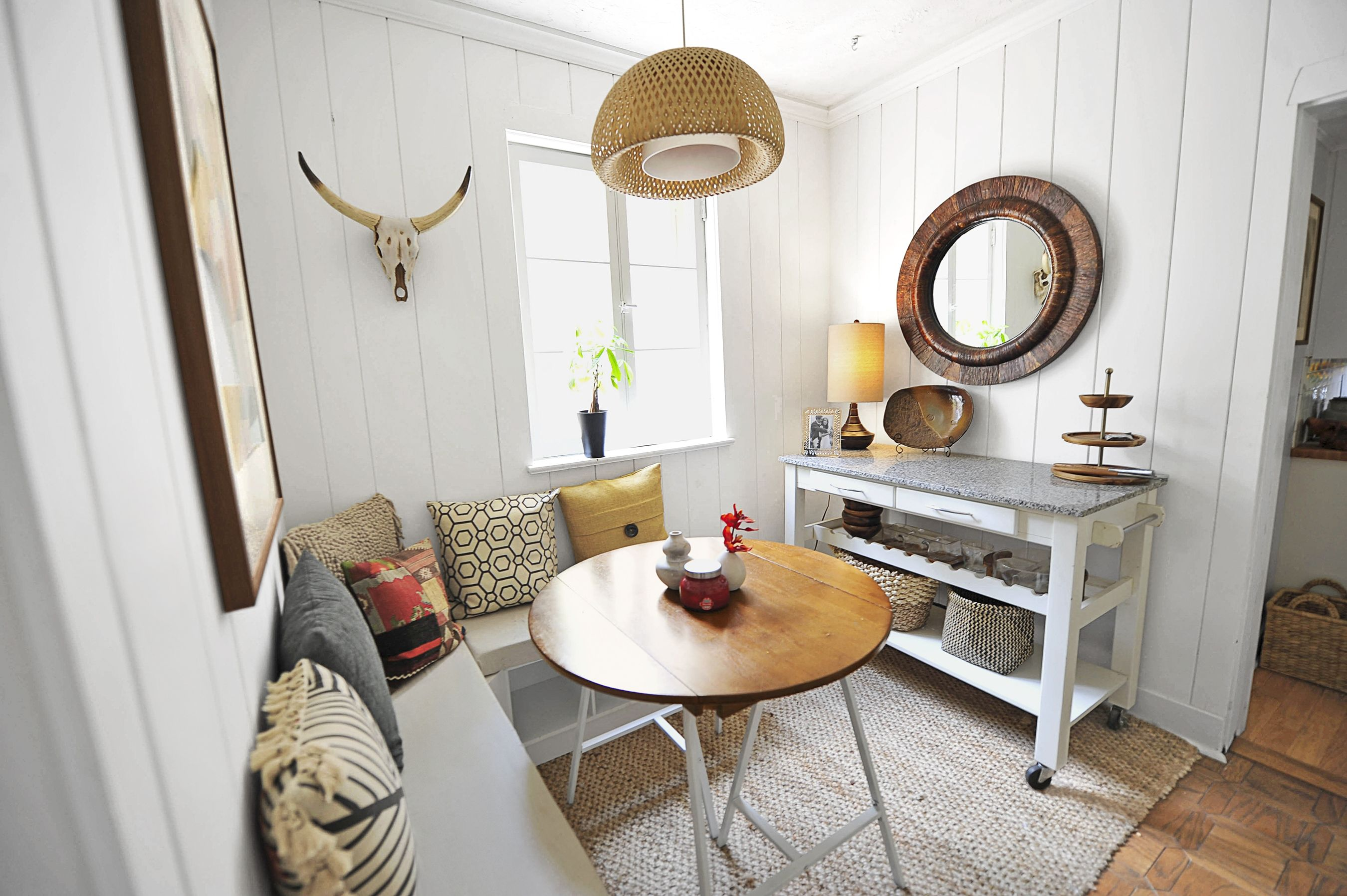 Family Friendly Breakfast Nook For 418 Nook Furniture Breakfast Nook Furniture Dining Nook