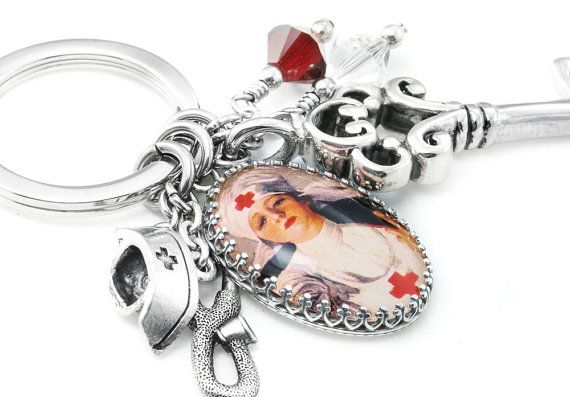 Nurse Key chain - Medical Keychain - Designer Key Ring - Nurse Jewelry - Nurse Graduation Gift