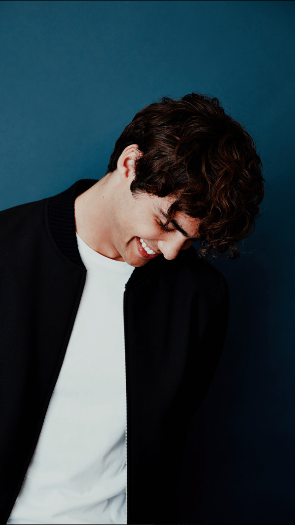 Pin By Rocío Maradiaga On Noah Centineo Celebrities Cute Guys People