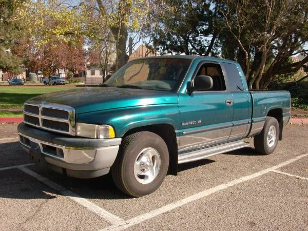 Family Truck And Auto 360 N Yosemite Ave In Oakdale Ca Year 1998 Make Dodge Model Ram Trim 1500 St Exterior Color Dodge Models Trucks Green Interiors