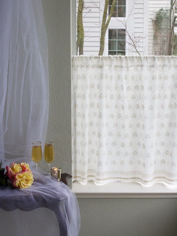 Bridal Veil ~ White And Gold Elegant Kitchen Curtain Panel (various Sizes  Including Gold Overlay On Voile, Dry Clean Only   Kitchen Cafe Curtains, ...
