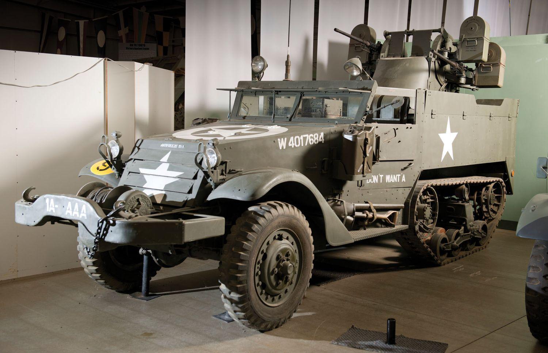 used army trucks google haku decay pinterest army. Black Bedroom Furniture Sets. Home Design Ideas