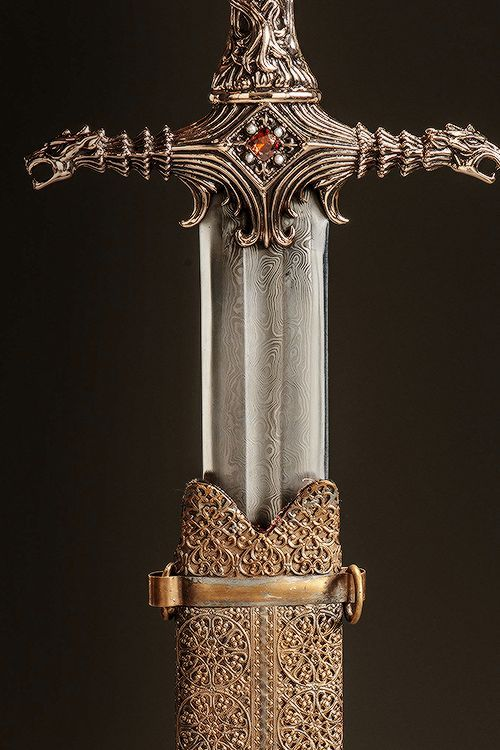 Game Of Thrones Oathkeeper Valyrian Steel Throne Of Glass Medieval Sword