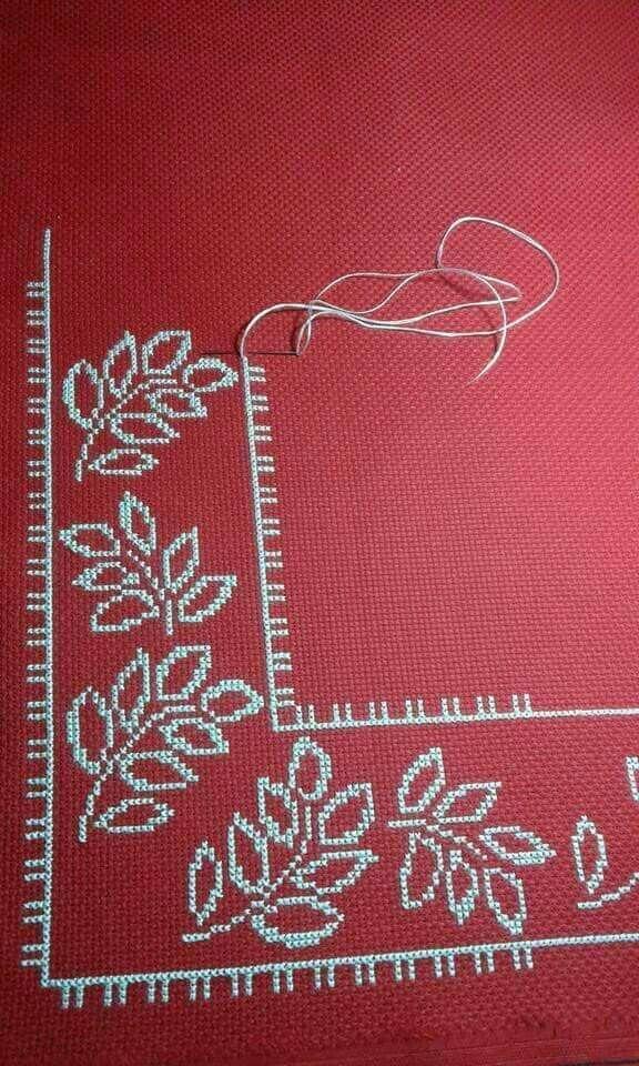 Bords et motifs de serviettes brodés à l'étamine   – kanaviçe şemaları