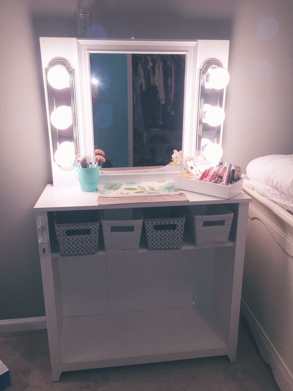 Diy Vanity Mirror 24x48 Plywood And 4 In Panel Wood To