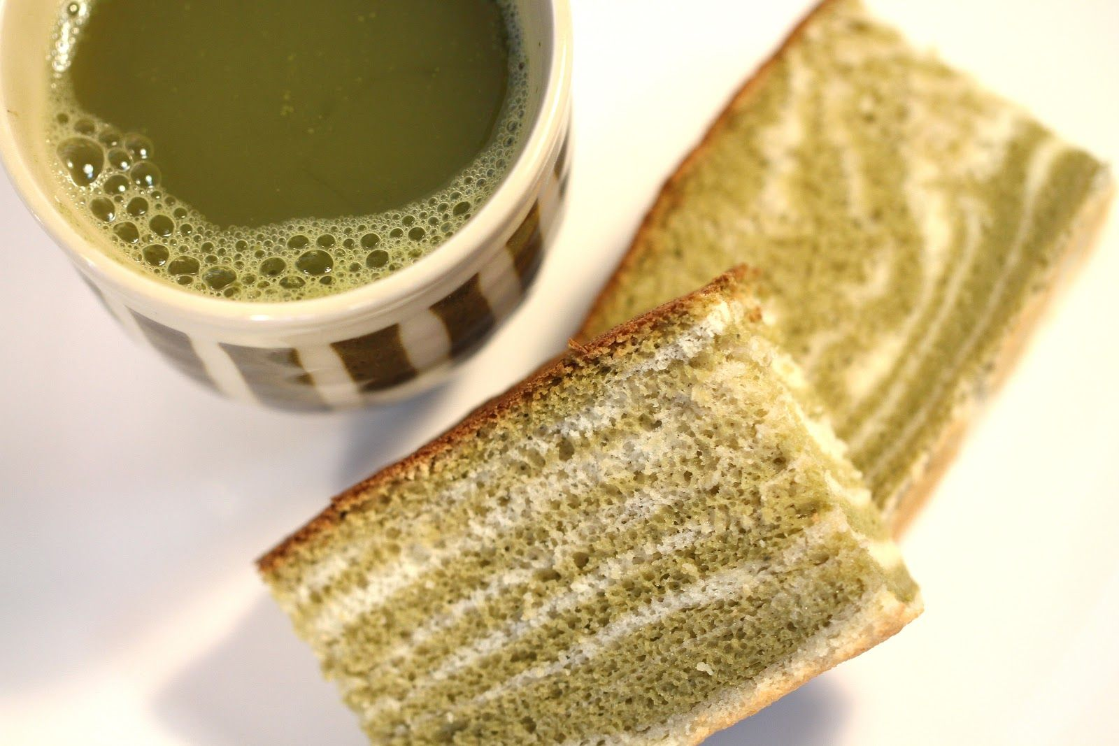 Japanese Sponge Cake Recipe Youtube: Green Tea Castella (Kasutera) Marble Or Zebra Japanese