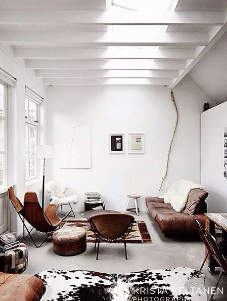 White walls and devastated leather