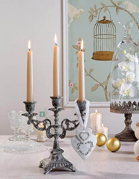 12 creative new years eve party decorations and holiday for Creative candle centerpiece ideas