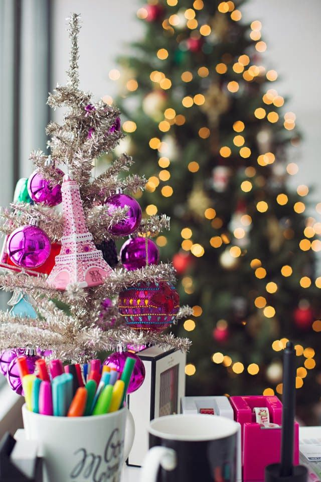 Pink Eiffel Tower Christmas Ornaments annawithlove  life in