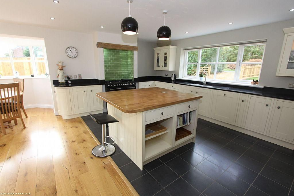 Find Open Plan Kitchen Island Design Ideas And Photos In Traditional Or Contemporary Decorating Styles On Rightmove Home